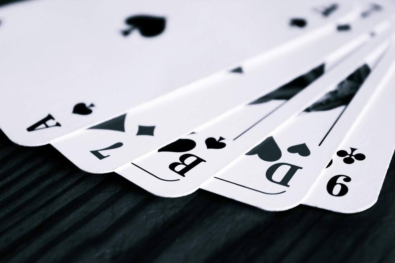 Online Rummy Game give Income quickly and simply by playing Image